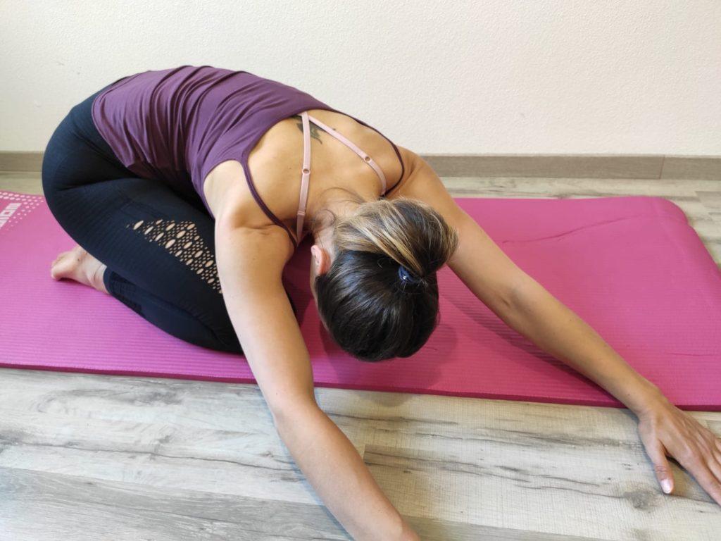Dýchacie cvičenie na uvoľnenie spodnej časti chrbta